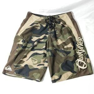Vintage Quicksilver Board Shorts Men's Camouflage